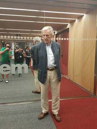 Costa-Gavras, a la Filmoteca de Catalunya l'endemà de rebre el Premi Internacional Catalunya.